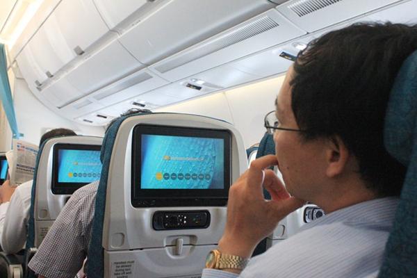 Cho ngoi tren may bay 4