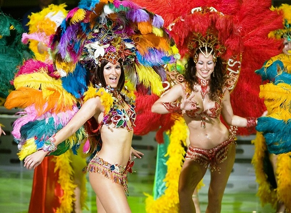 van hoa dac trung cua le hoi carnival 3