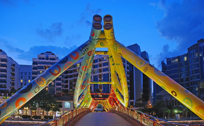 Check in nhung cay cau sieu ao o Singapore 4