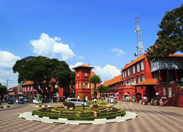 lam cach nao di tu singapore qua du lich malaysia 3