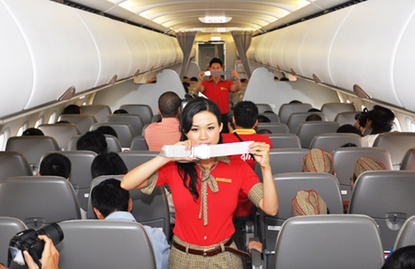 cac muc phat hanh chinh can biet khi di may bay 1