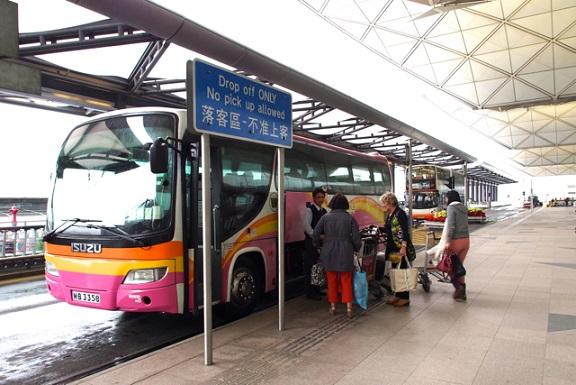 huong dan di chuyen bang bus tu san bay ve trung tam hong kong 2