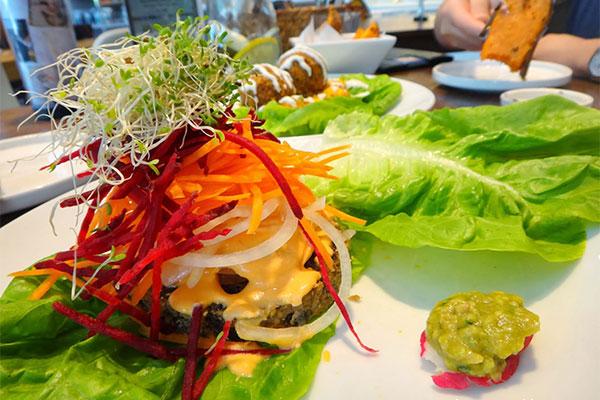 8 su lua chon quan an chay cho khach du lich Singapore3